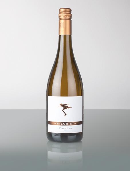 Die Weinwirtschaft (Meininger Verlag) beschreibt diesen Wein wie folgt: Gutes Holz (Popcorn, etwas Toffee, weiße Schokolade) zu gelber Frucht und feiner Würze (grüner Tee); vollsaftig mit sehr guten Anlagen