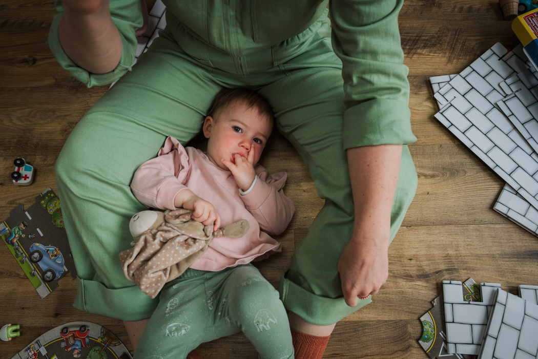 Berkshire based newborn, baby and family photographer. Beautiful natural story telling. Specialises in children's photography. Seeing the magic in the everyday.