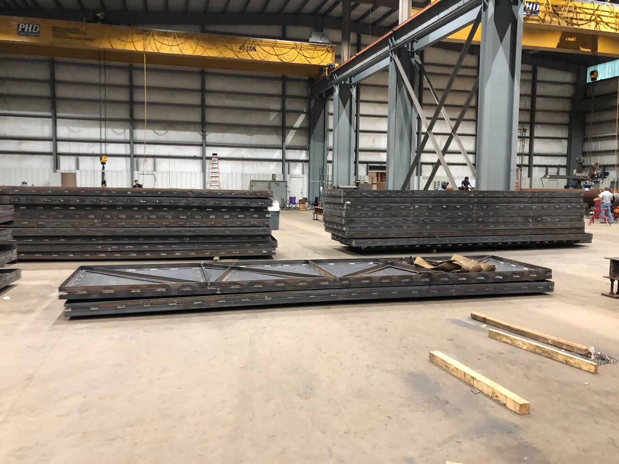 Aluminum Carbon and Stainless Framing