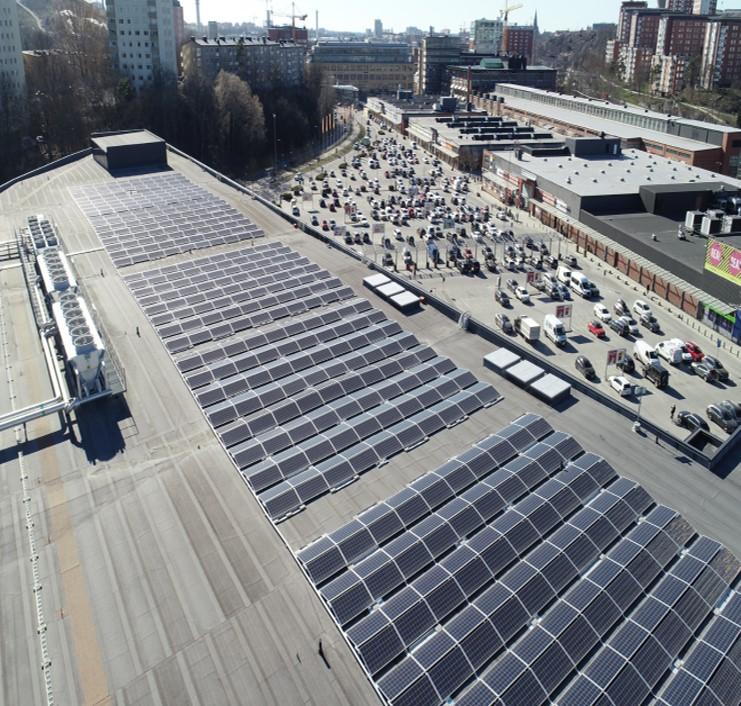 Stockholms största solcellsområde