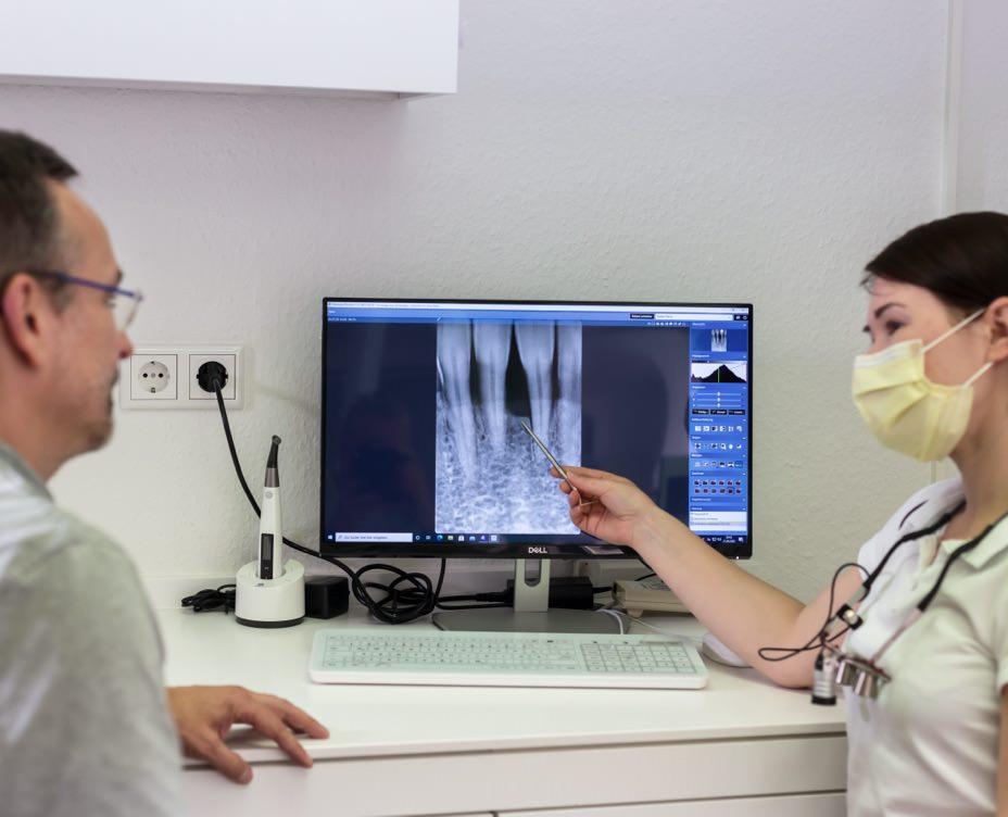 Behandlung von Parodontitis-Ilona Balea