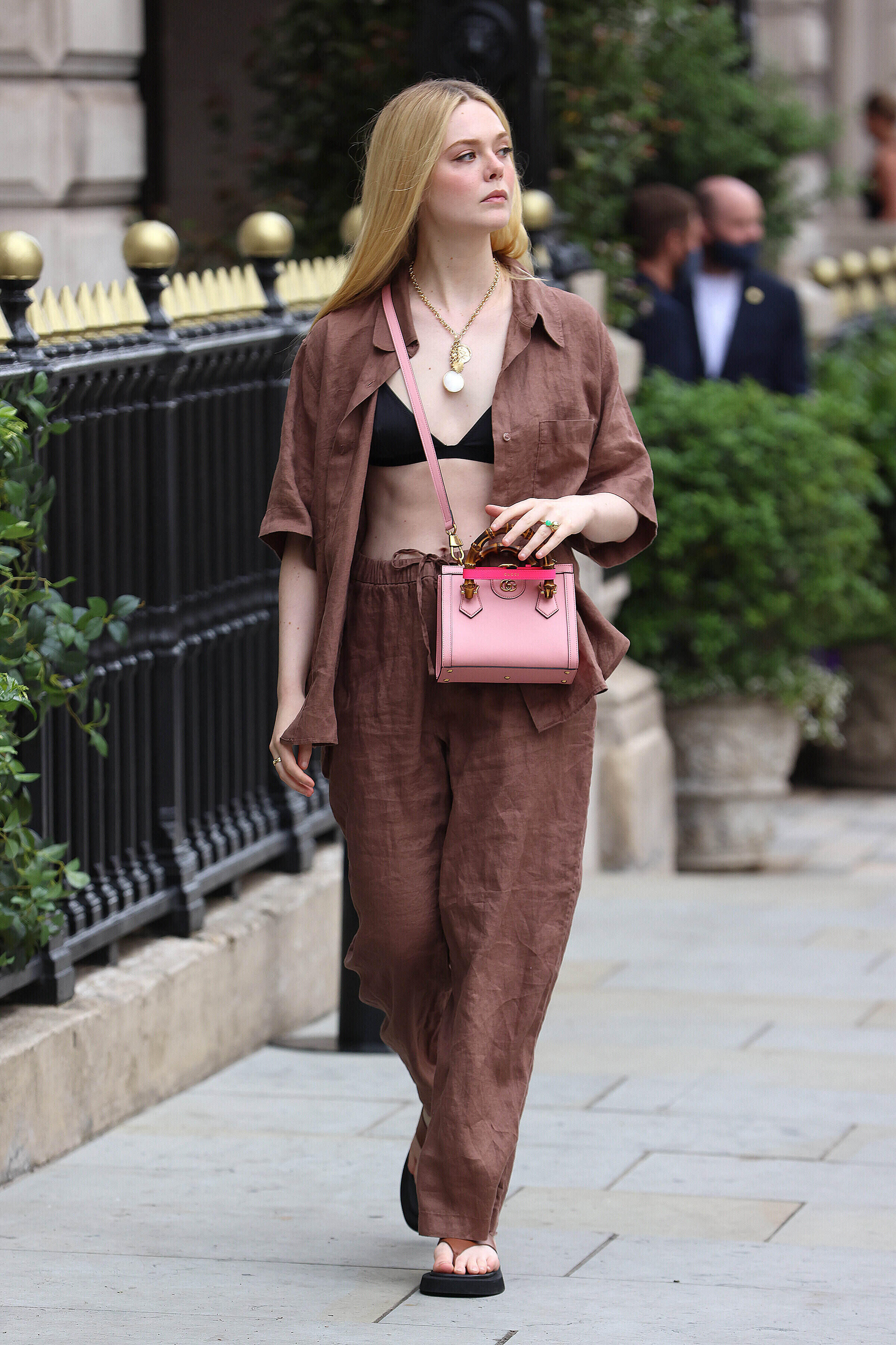 Elle Fanning carrying the Gucci 'Diana' mini tote bag