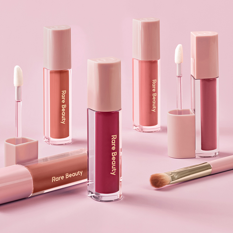 Rare Beauty Stay Vulnerable Liquid Eyeshadow