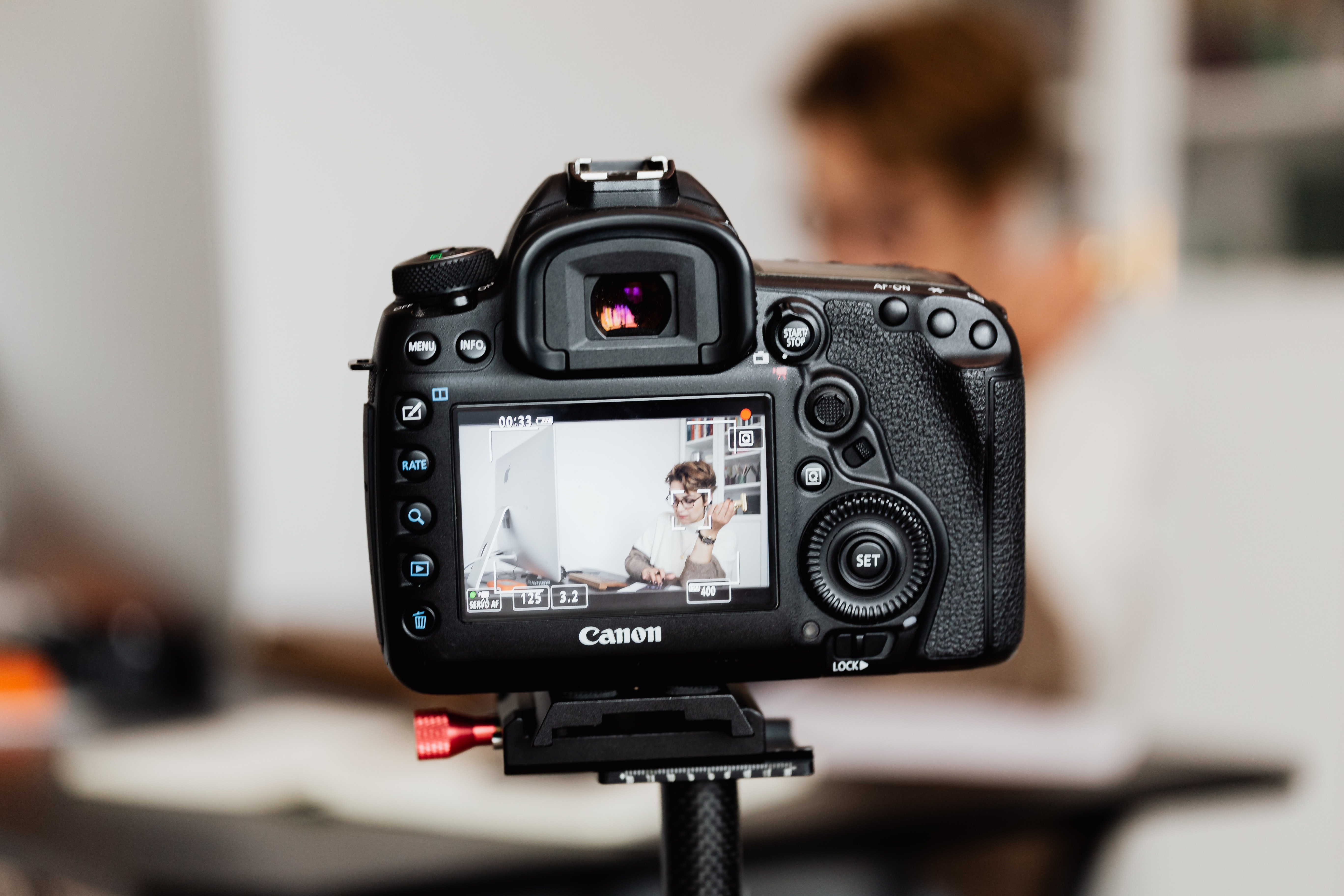 How to Record, Edit and Publish a Video Podcast - Video Podcasting 101 (Part 4)