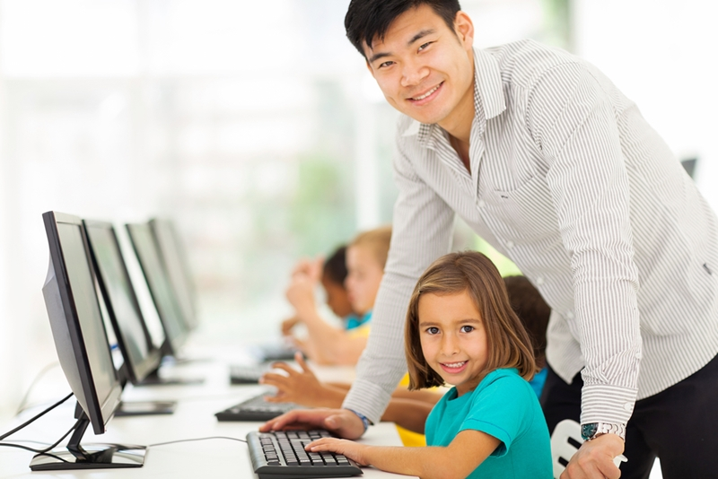 Learning much more than just the subject is a significant benefit of the paperless classroom.