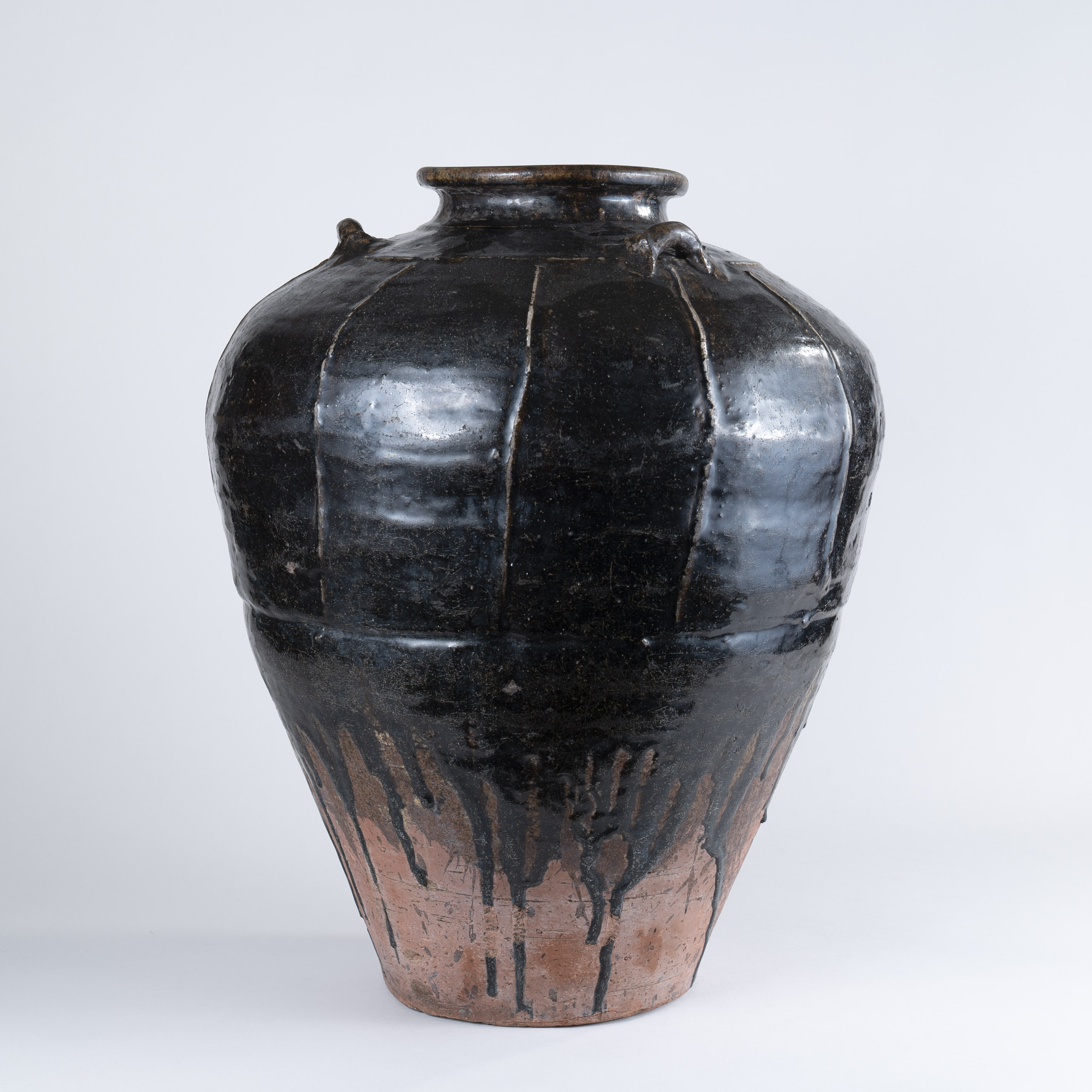 Large Chinese Sung Dynasty Stoneware Jar, 11th Century