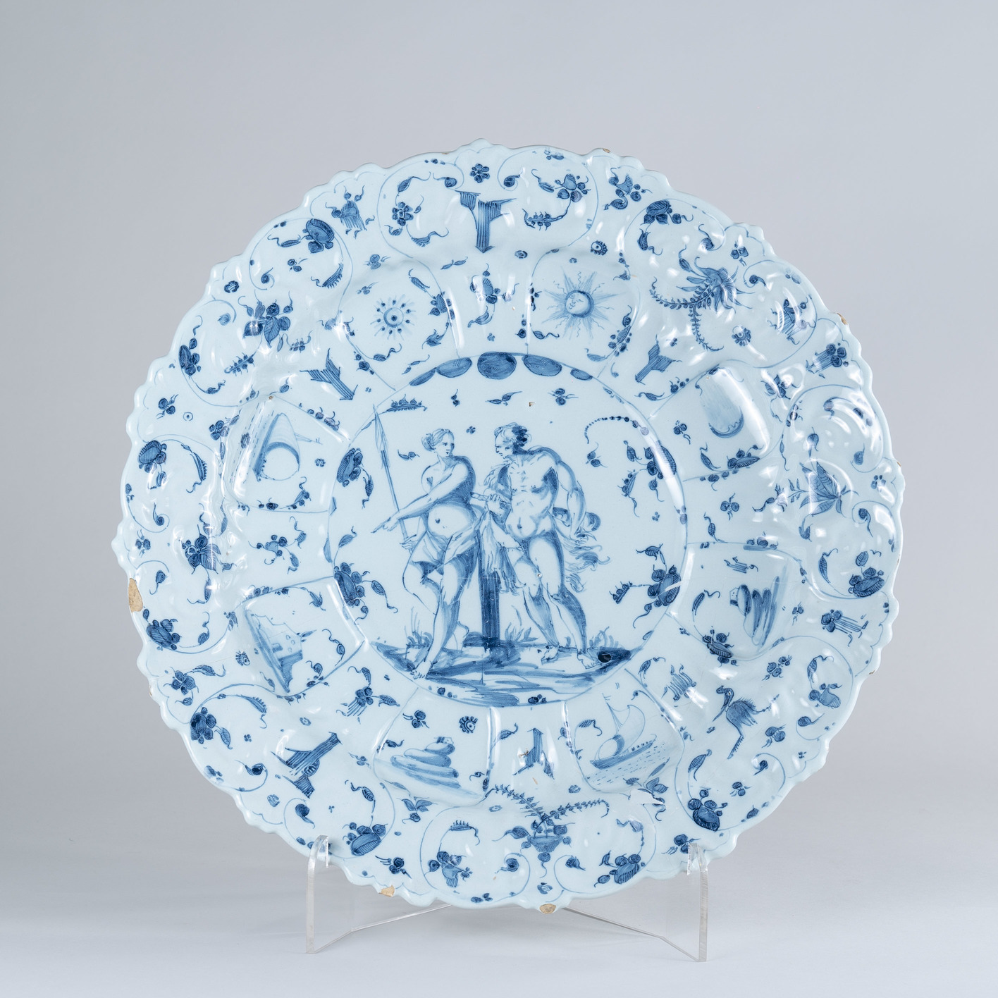 Large 17th Century Savona Blue and White Charger, circa 1675
