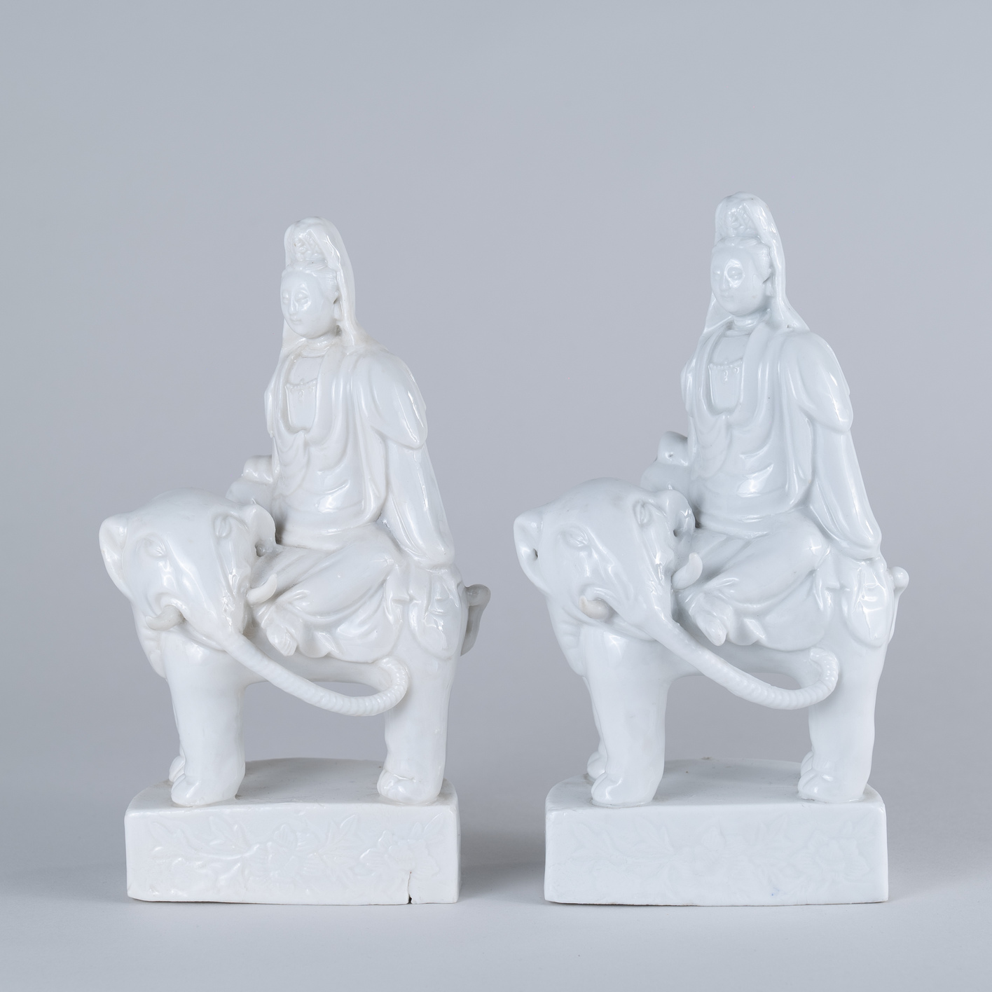 18th Century Pair of Blanc de Chine Guanyin Figure