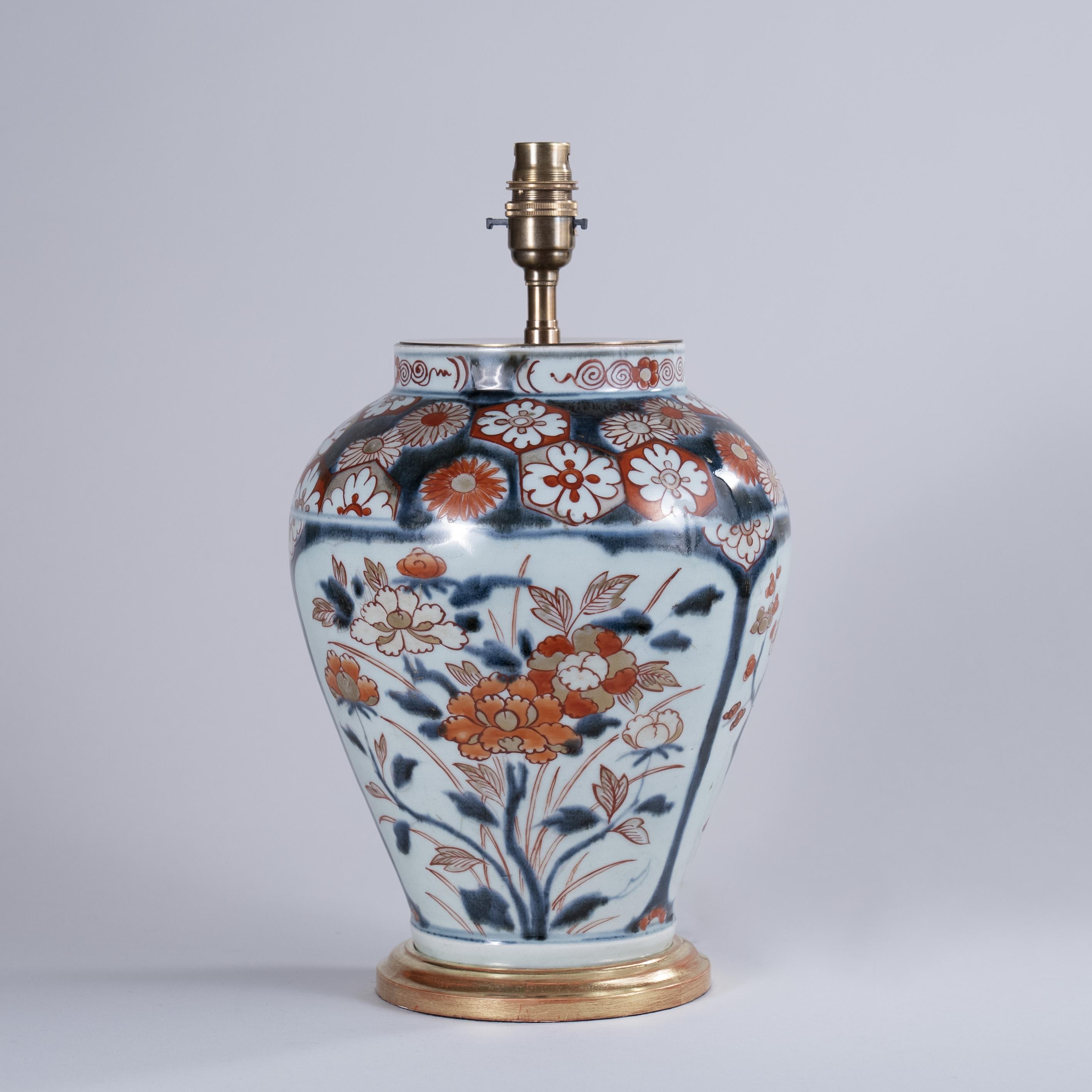 Early 18th century Japanese Imari vase as a Lamp