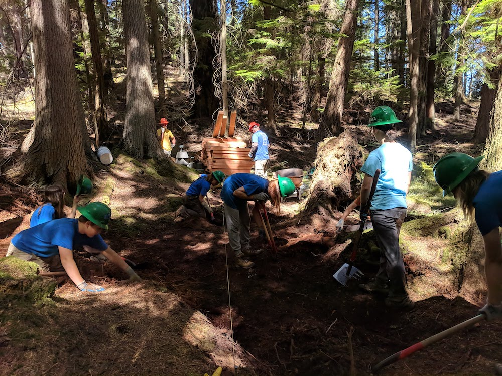 SJI Youth Conservation Corps trail construction
