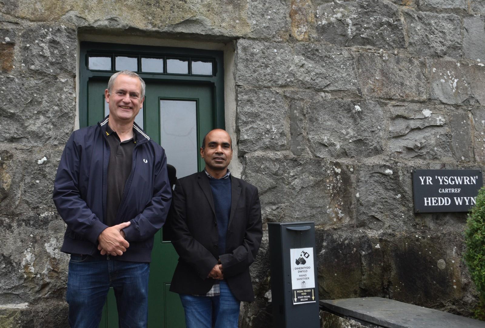 Anisur meets National Poet of Wales, Ifor ap Glyn