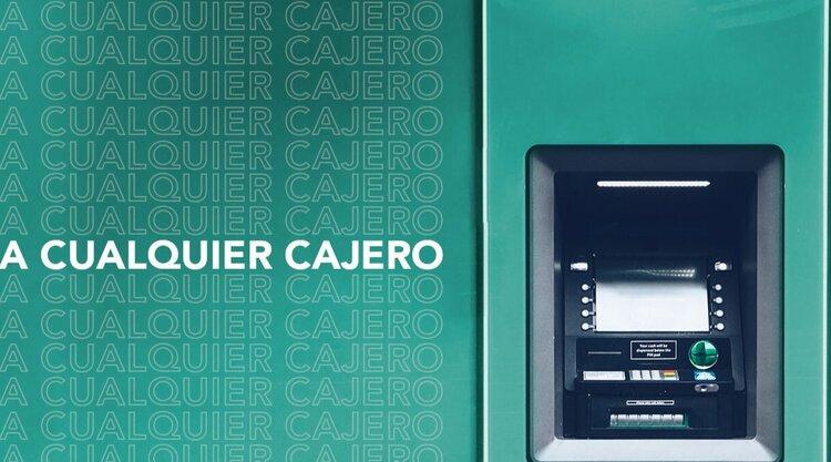 Klar te ayuda a mejorar tus finanzas sin cobrar comisiones por retiro de efectivo en cajero automático
