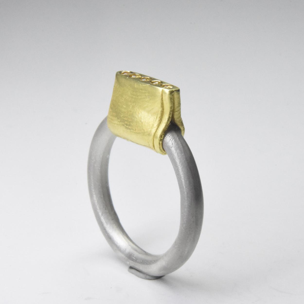 pinch ring