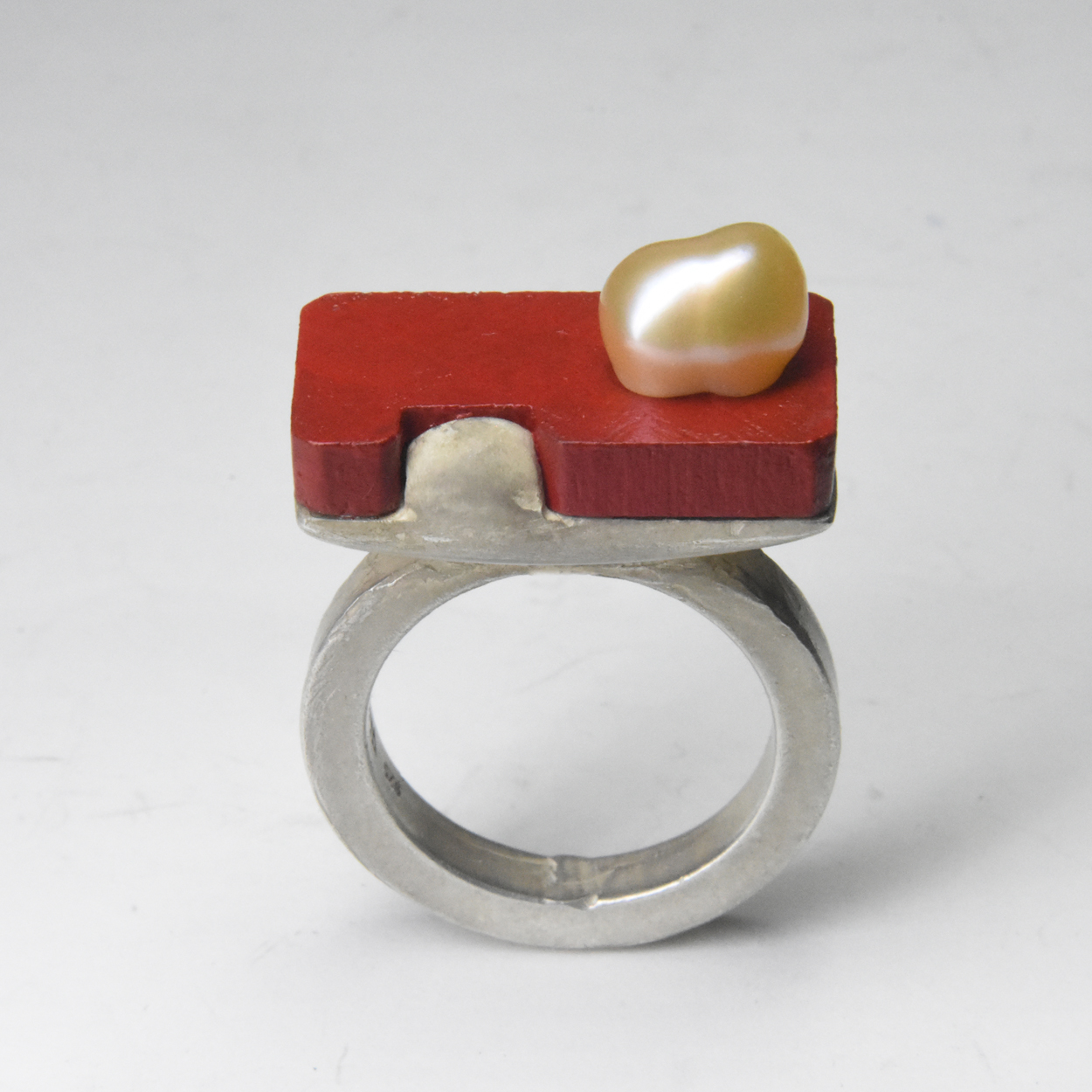 red wood ring