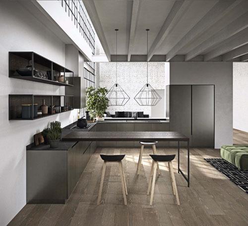 Cucina moderna stile industriale con bancone colazione attaccato con sgabelli e gamba in metallo nero