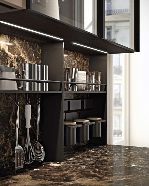 cucina di lusso con schienale materico accessoriato