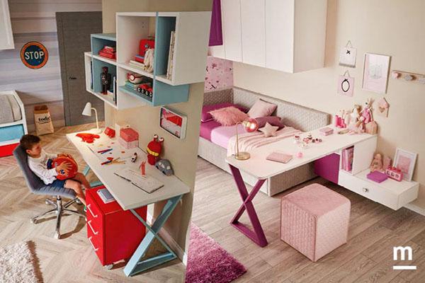 due angoli studio con scrivanie, wallbox e cassettiere. a sinistra una cameretta da bambino a destra una cameretta da bambina