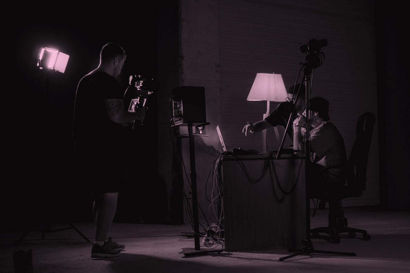 visual cream-behind the scenes