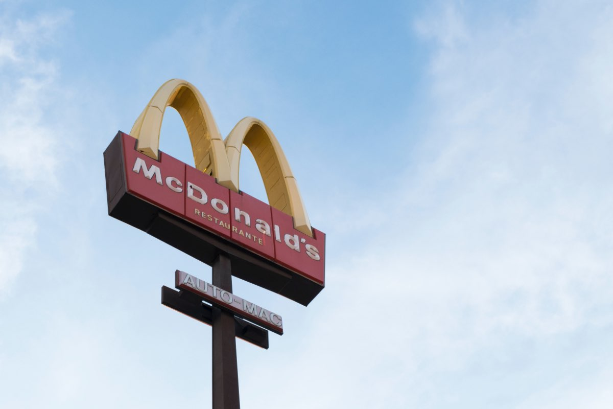 """McDonald's Joins the """"Meatless"""" Race with the McPlant"""