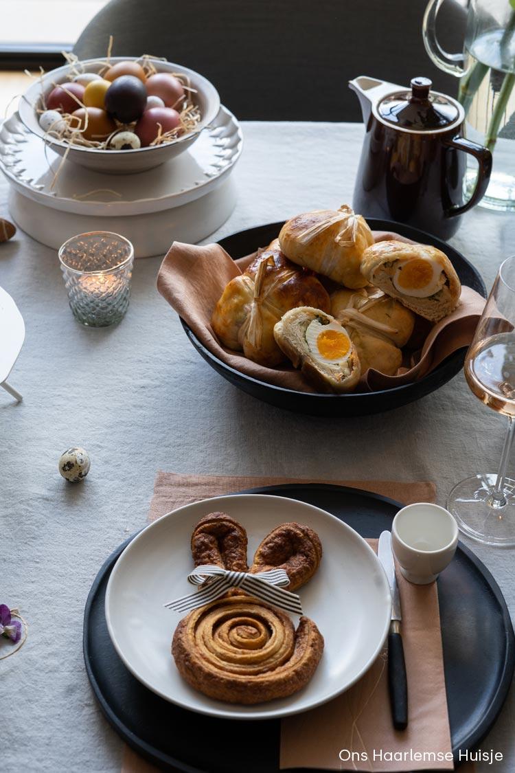 Gevulde broodjes maken met ei voor de paastafel