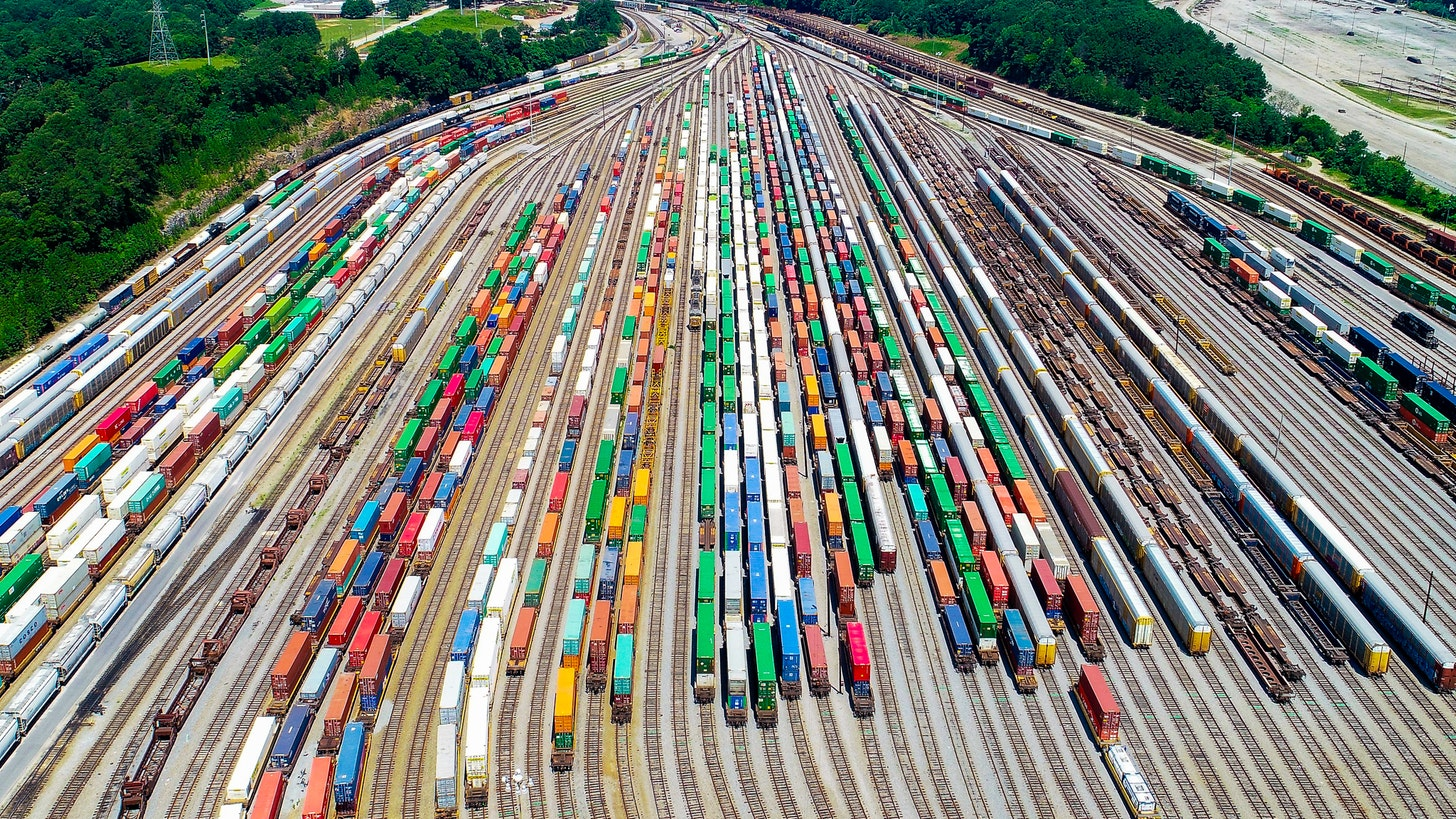 Complexity and Risk in Freight Transportation