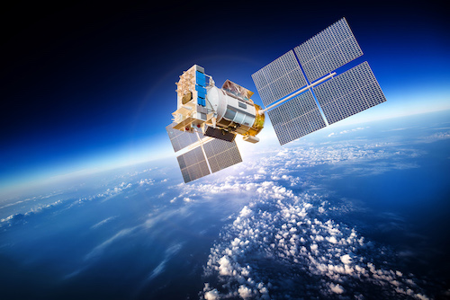Applications and Vulnerabilities of Satellite Navigation Systems in Global Freight Transportation