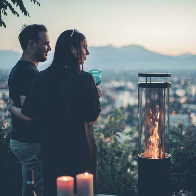 FAIA Terrassenofen Ambientefeuer auf der Terrasse