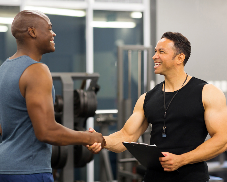 Are you just starting your journey as a personal trainer, or maybe you're looking to change your marketing strategy? Here are some tips you can use to attract clients!