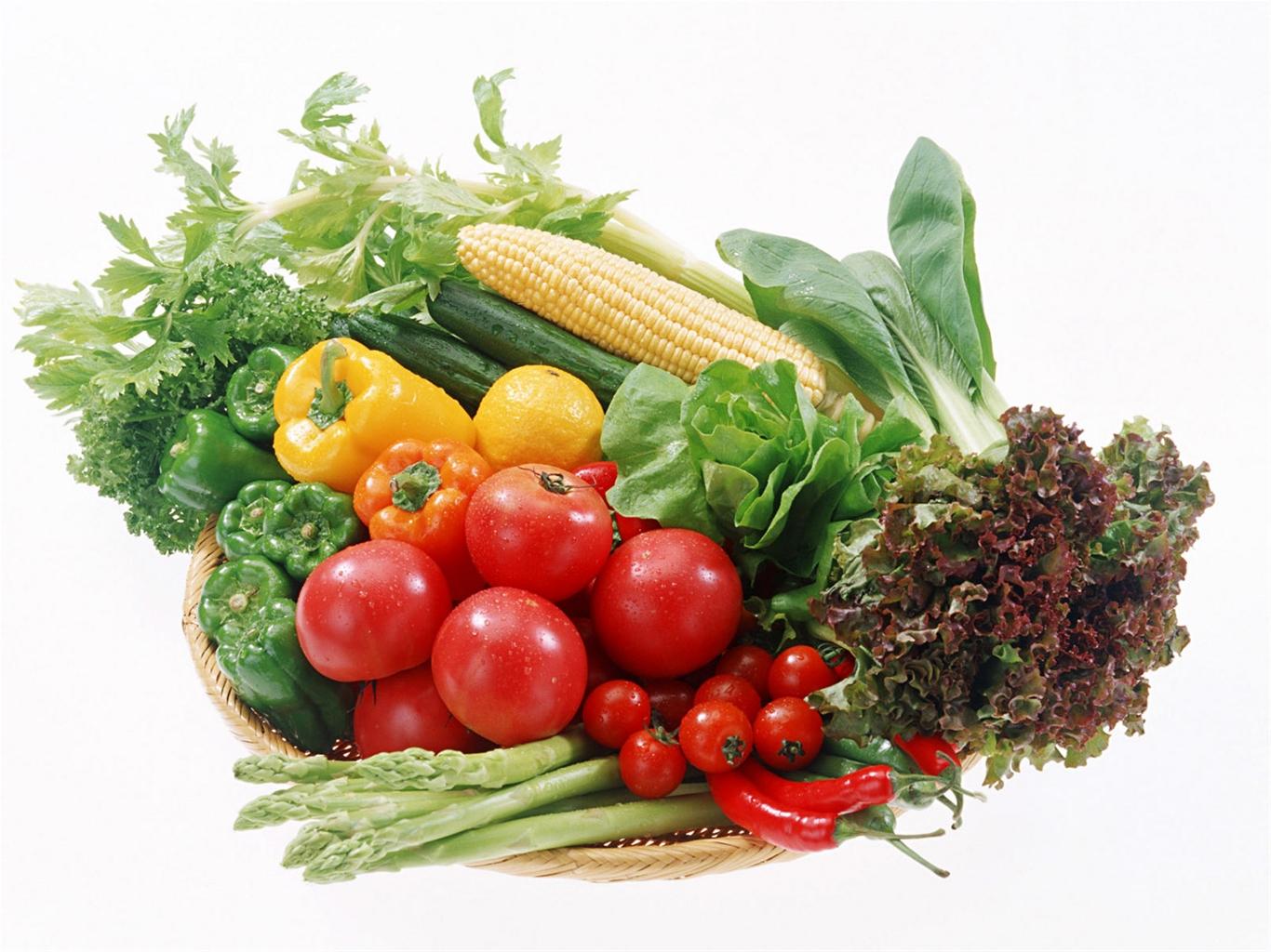 Mẹ cũng nên bổ sung các loại thực phẩm giàu vitamin