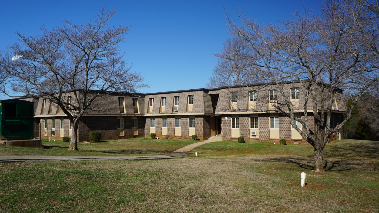 McMinnville Arms Apartments