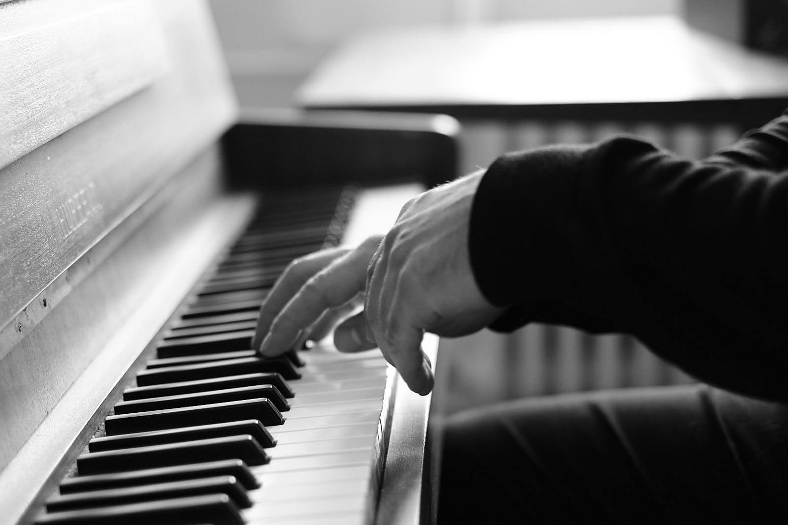 Ralf playing piano