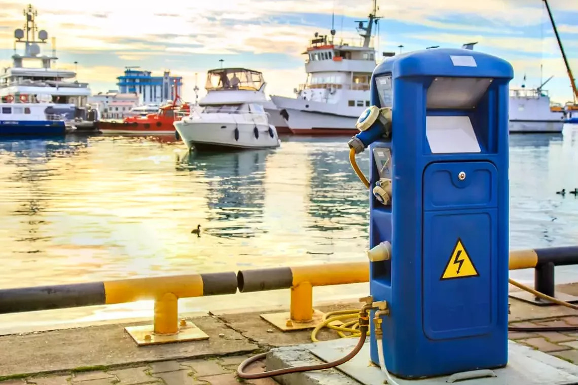 Yacht Fuel Cost Calculator - How to Estimate the Costs