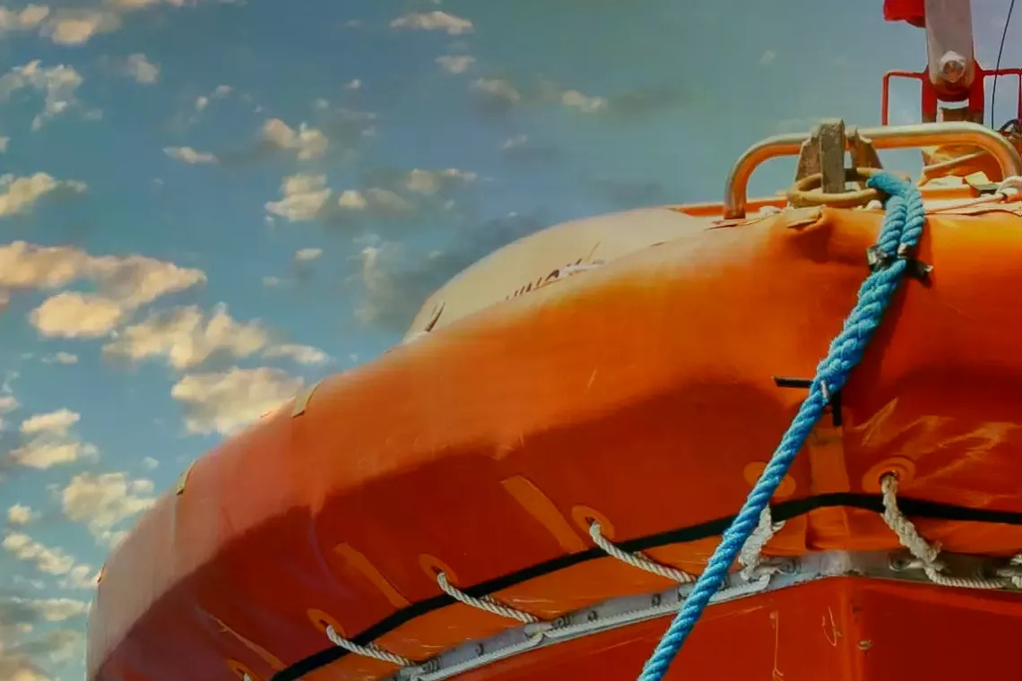Lifeboat Equipment List - A Checklist for Yachters