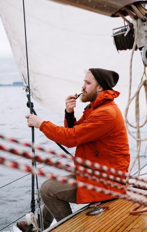 A sailor looking at the horizon
