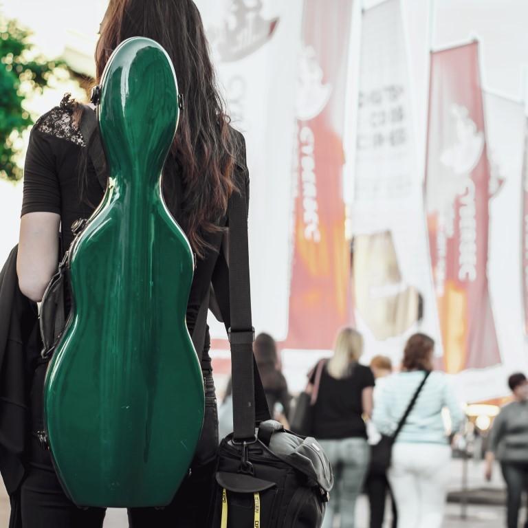 travel musician