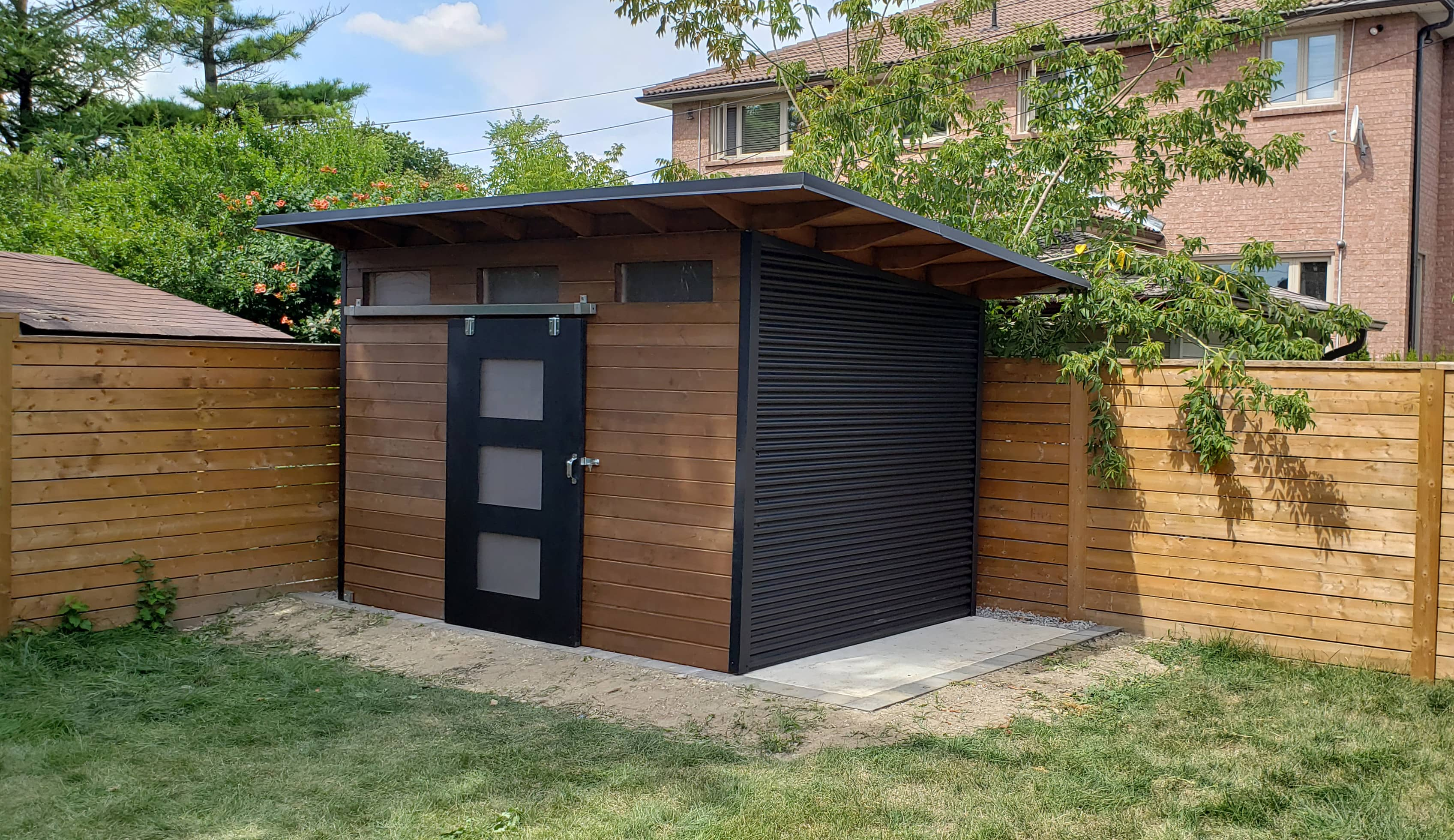 12' x 8' Advanced Shed with Muskoka Brown Stain and Jet Black Steel