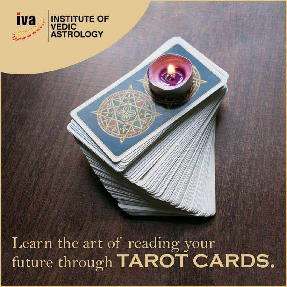Making a Successful Career in Tarot Card Reading