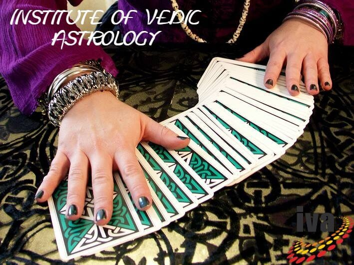 How to Find the Compatibility of Your Relationship Using Tarot Cards