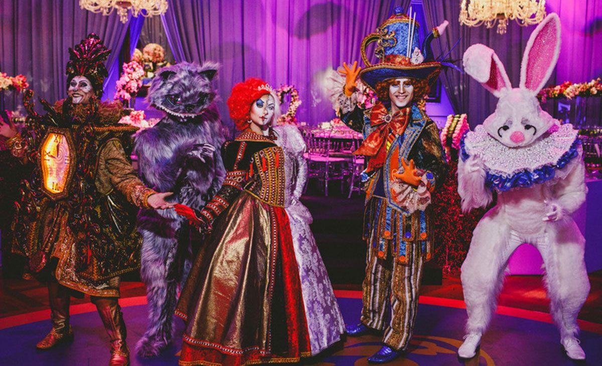 Atrações para festa de 15 anos: Personagens: Alice no País das Maravilhas |  Foto: … | Decoracao festa fantasia, Decoração alice no país das maravilhas,  Festas de 15