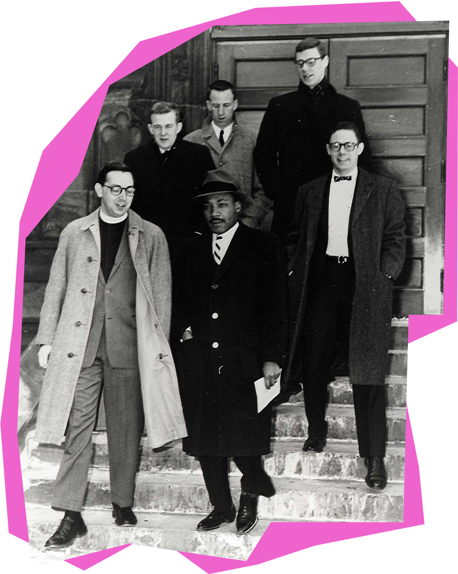 Martin Luther King, Jr. standing with Princeton administrators in front of Chancellor Green in 1960.