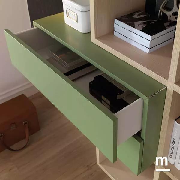 Wallbox push-pull con 2 cassetti verde flora e bordo rifinito in alluminio cromato