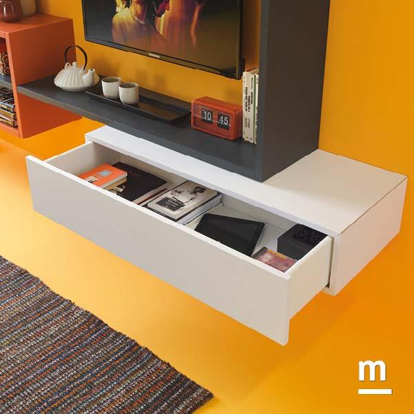 wallbox laccato bianco con cassetto e apertura push-pull con profilo in alluminio cromato