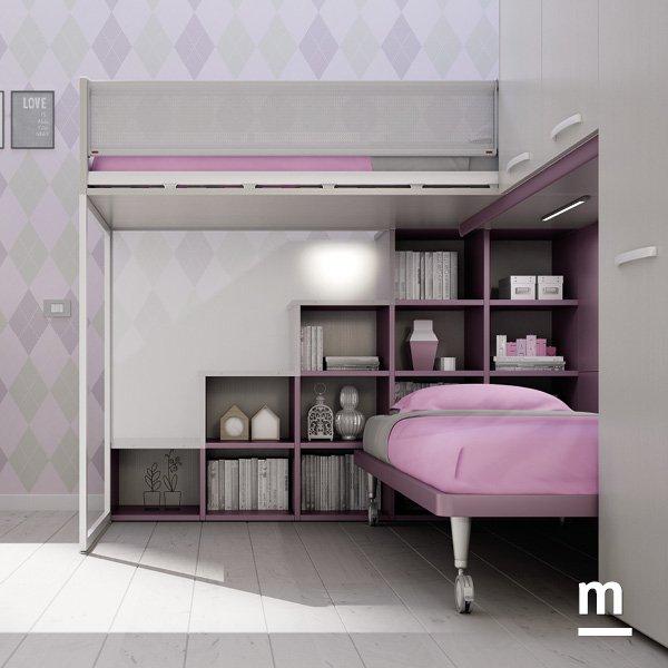 Soppalco angolare Concept Evo con scala laterale con vani a giorno libreria e parete divisoria in policarbonato