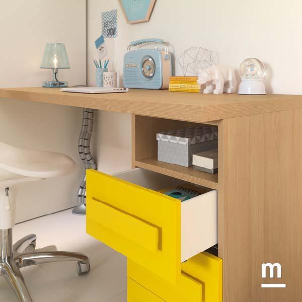 Cassettiera di supporto per la scrivania dell'angolo studio con cassetti laccati giallo sole e maniglie Colors