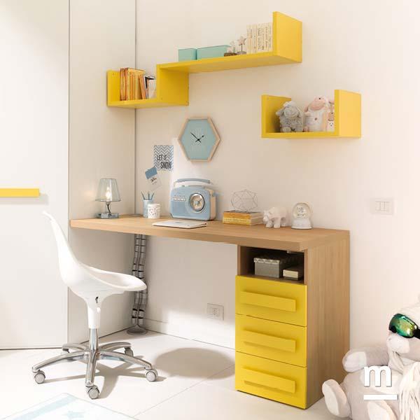 Scrivania con cassettiera di supporto e libreria sospesa Flexa laccata giallo sole