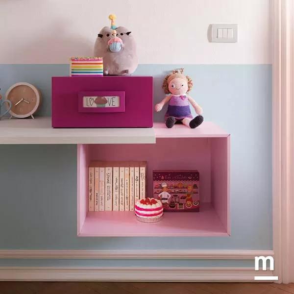 Wallbox sospesi con vano a giorno e cassetto laccato ciclamino e rosa cipria