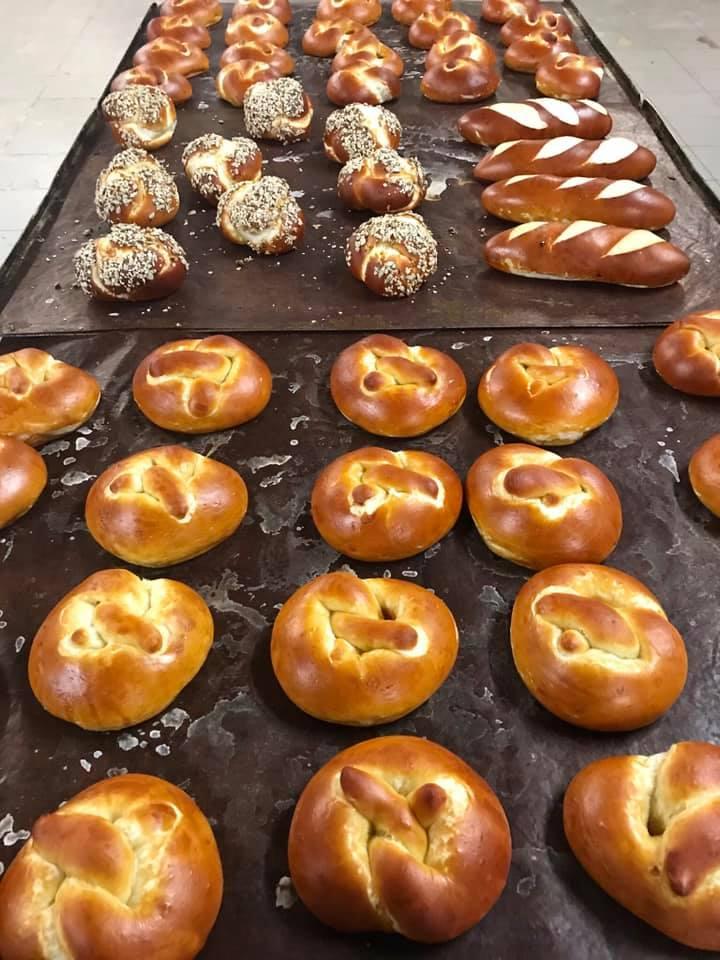 Laugenbrezel Fenuta Bäckerei Dietikon-Zurich