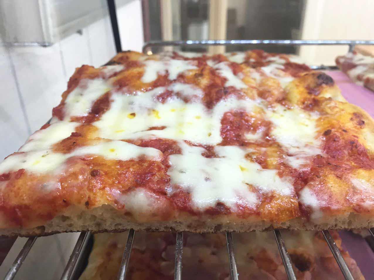 Pizza Margherita Take Away 60x40cm (8 Stücke) von Fenuta Bäckerei