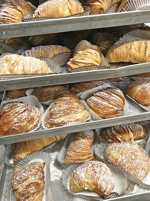 Sfogliatella Napoletana Fenuta Bäckerei Zurich-Dietikon