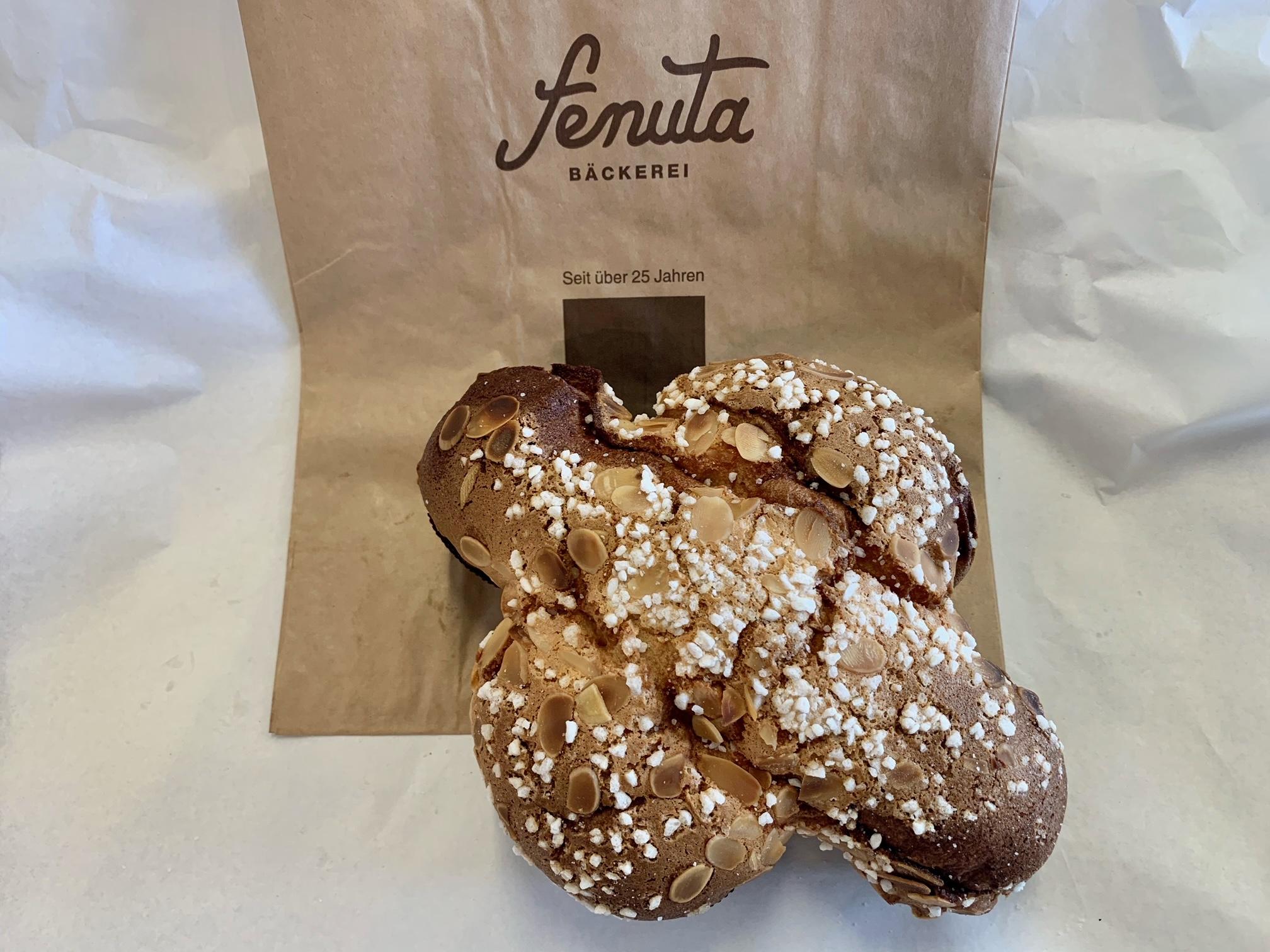 La Colomba Tradizionale für Ostern erhältlich in der Bäckerei Fenuta